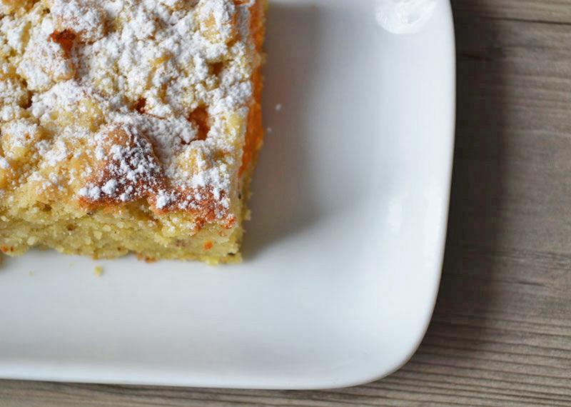 Marillenkuchen mit Streusel und geriebenen Nüssen Rezept