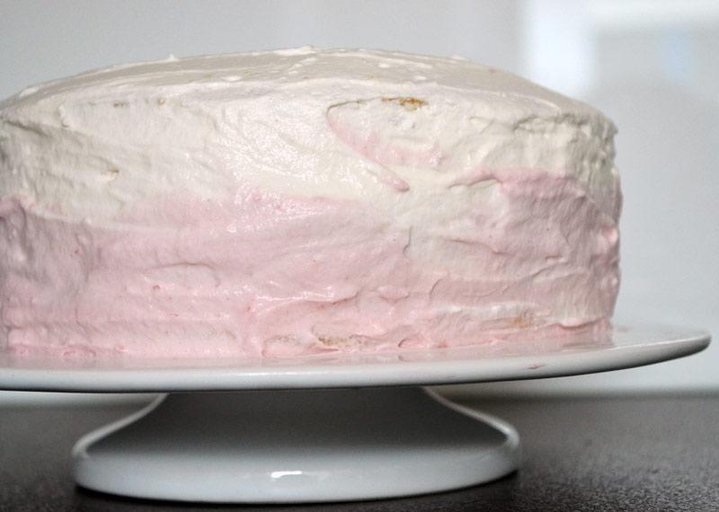 Ombre-Cake mit Himbeeren