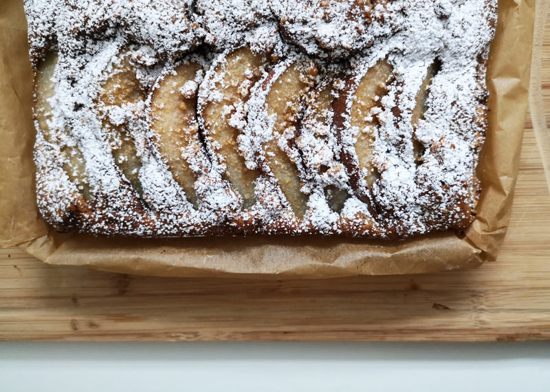 birnen-nuss-kuchen rezept (c) zuckerstaub.at
